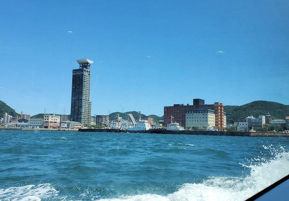 唐戸渡船内から見た、関門海峡を渡る時の景色