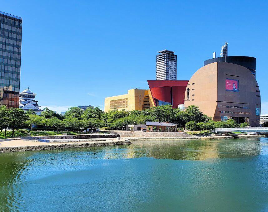 JR小倉駅周辺を散策し、紫川を渡る