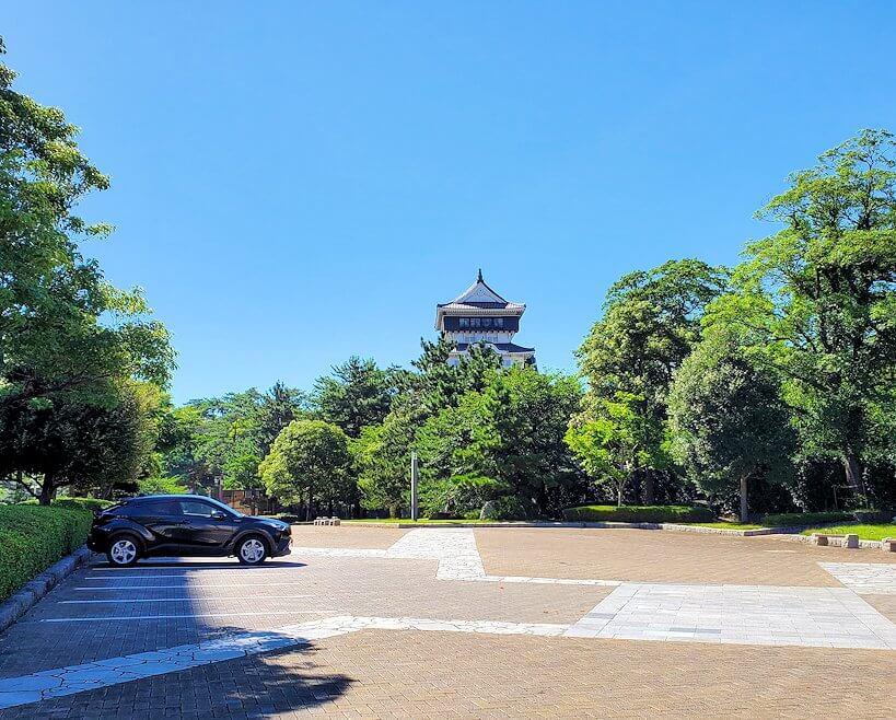 JR小倉駅周辺にある小倉城へと進む