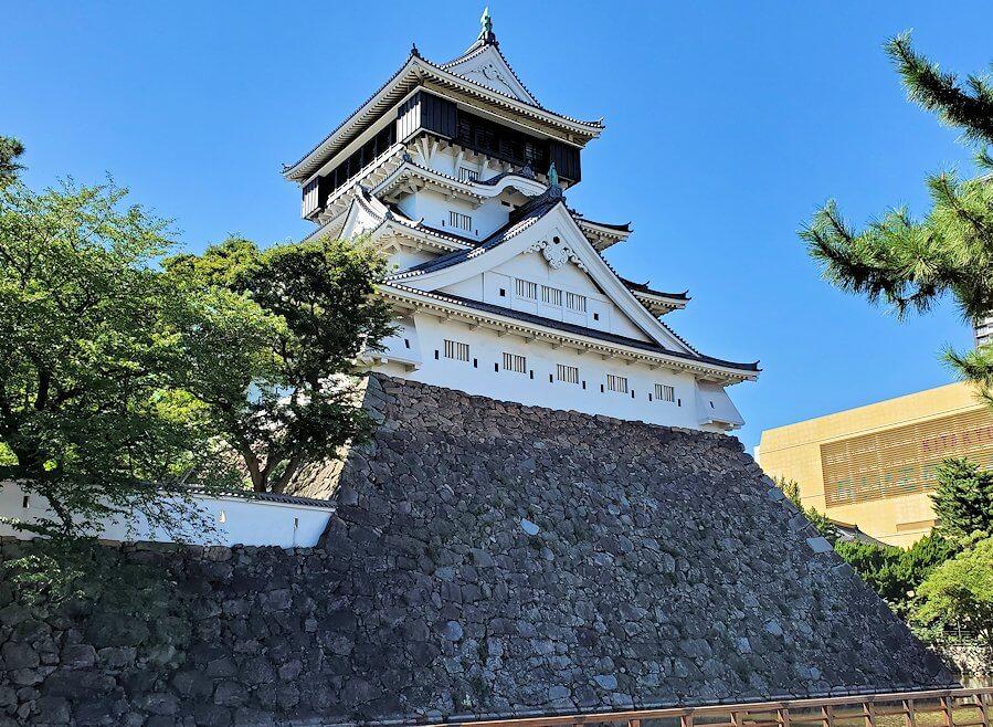 JR小倉駅周辺にある小倉城へと進む-2