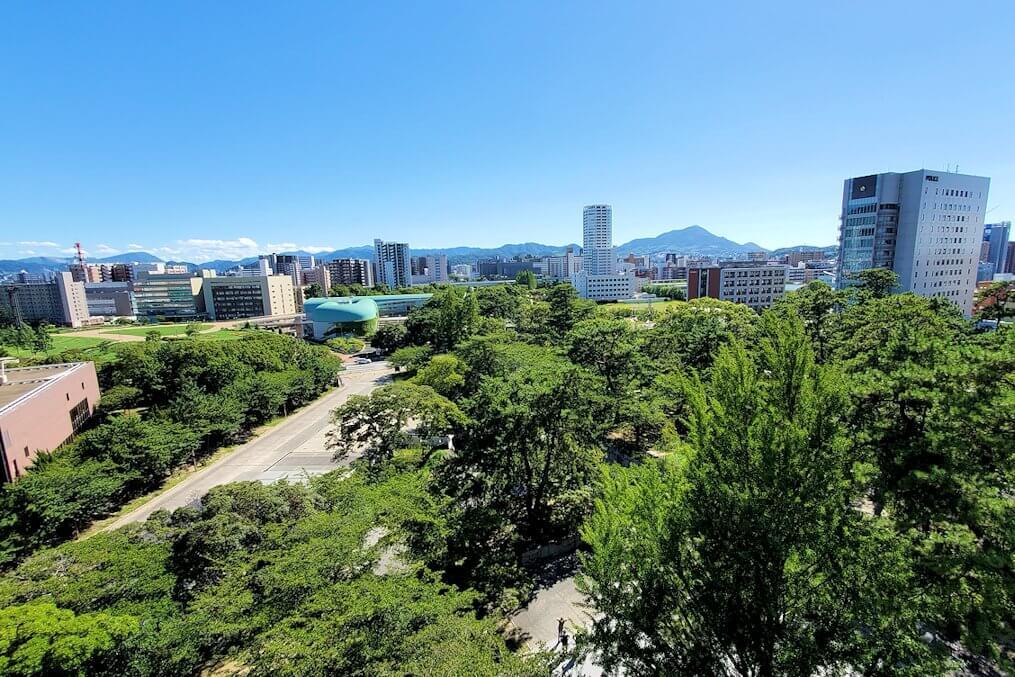 小倉城4階の天守閣からの眺め-1