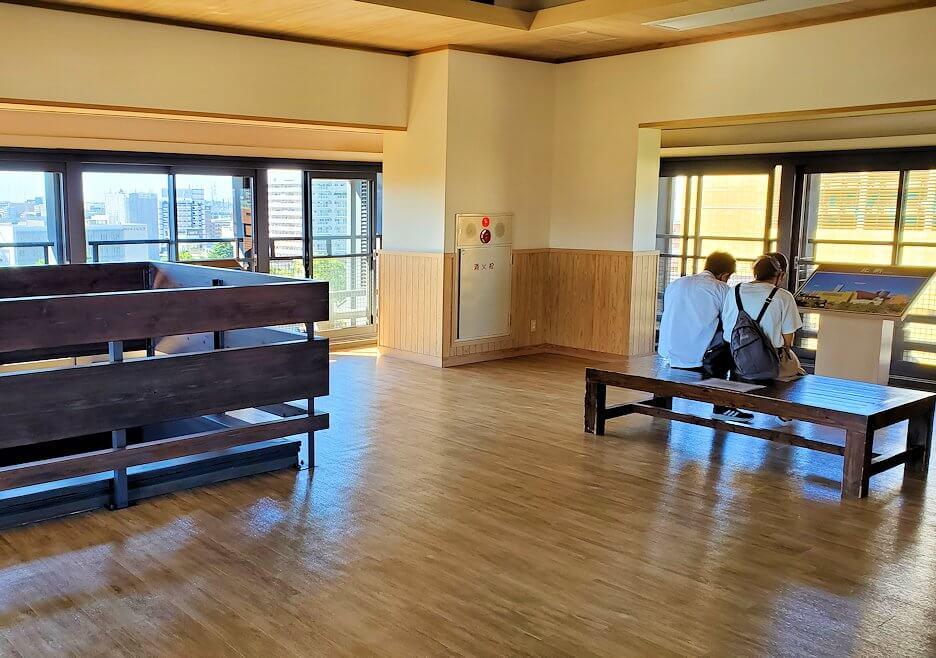 小倉城4階の天守閣内の景色