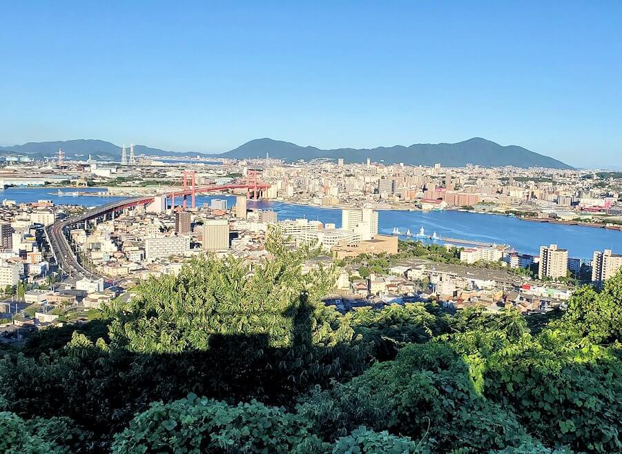 北九州若松区にある高塔山公園展望台の景色