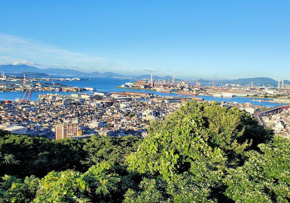 北九州若松区にある高塔山公園展望台からの景色-2