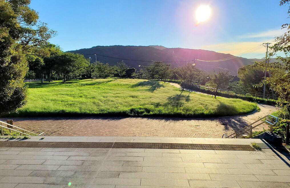 若松地区側の景色