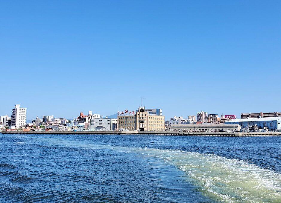 若戸渡船からの洞海湾の景色-1