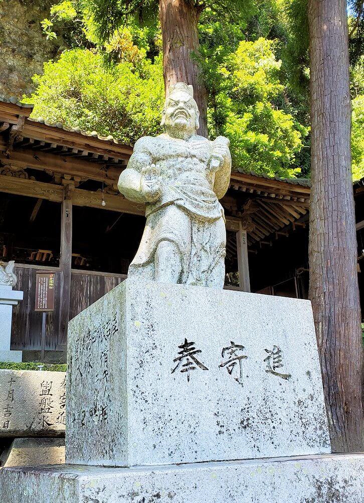 天念寺の正面鳥居-1