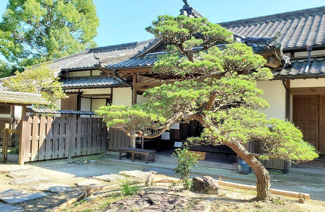 杵築市武家屋敷の北台にある茶屋内の風景