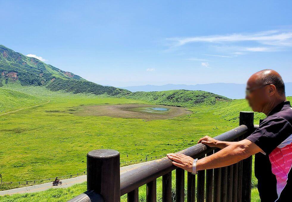 阿蘇の草千里ヶ浜の高台からの眺め