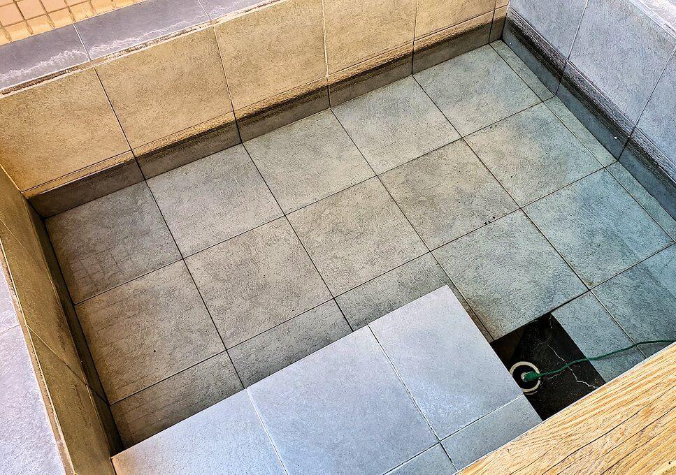 小国町にある「ロッジ村」の部屋にある個室温泉-1