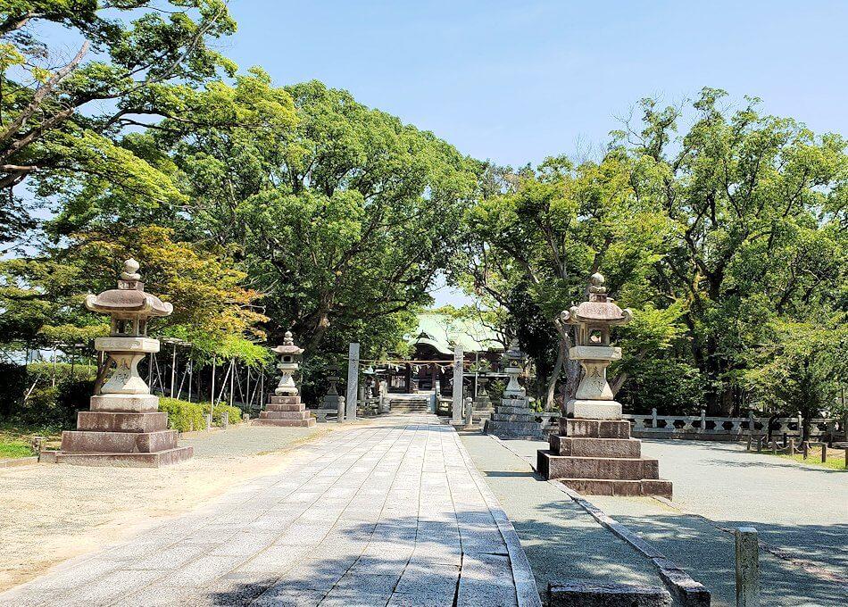 久留米駅周辺の水天宮にあった真木神社を眺める