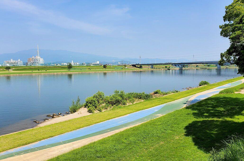 久留米駅周辺の水天宮から筑後川を眺める-1