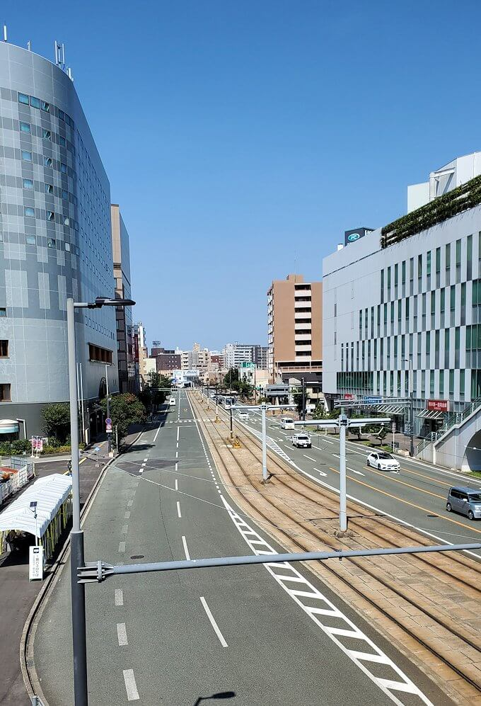工事中の熊本駅前広場の景色を眺める-1