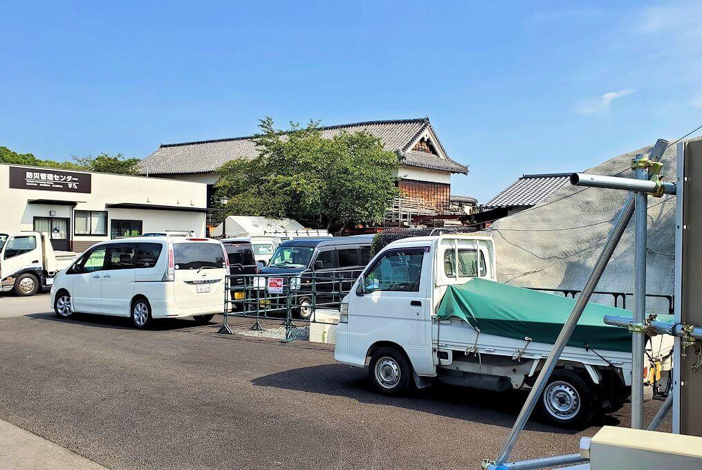 熊本城で復旧作業中の景色-1