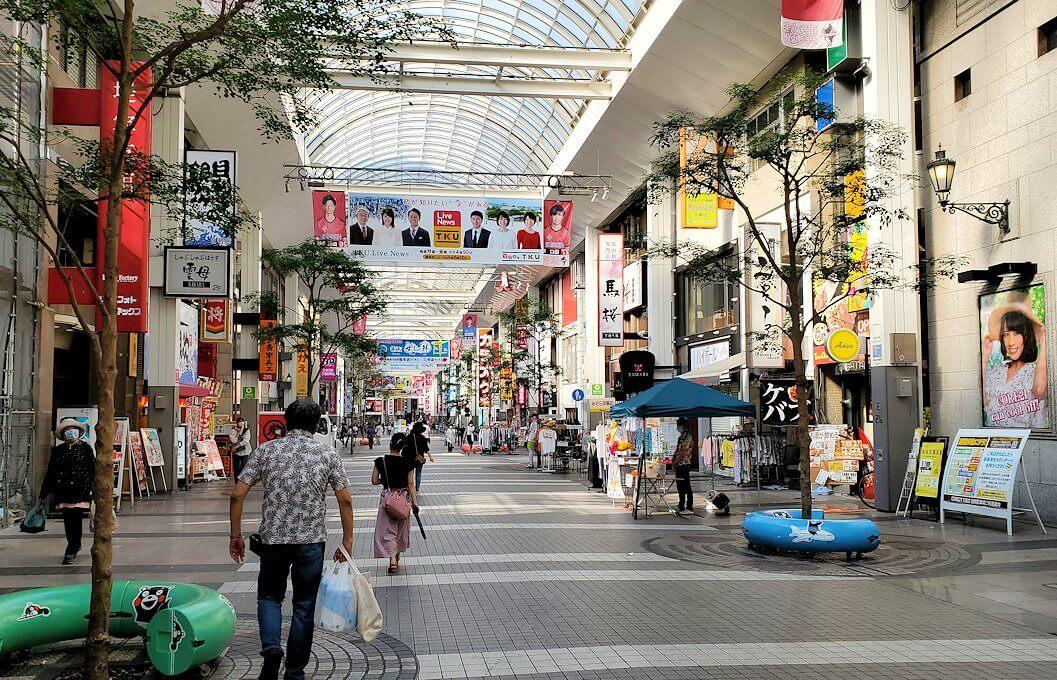 熊本市内の繁華街である銀座通り周辺のアーケード通り