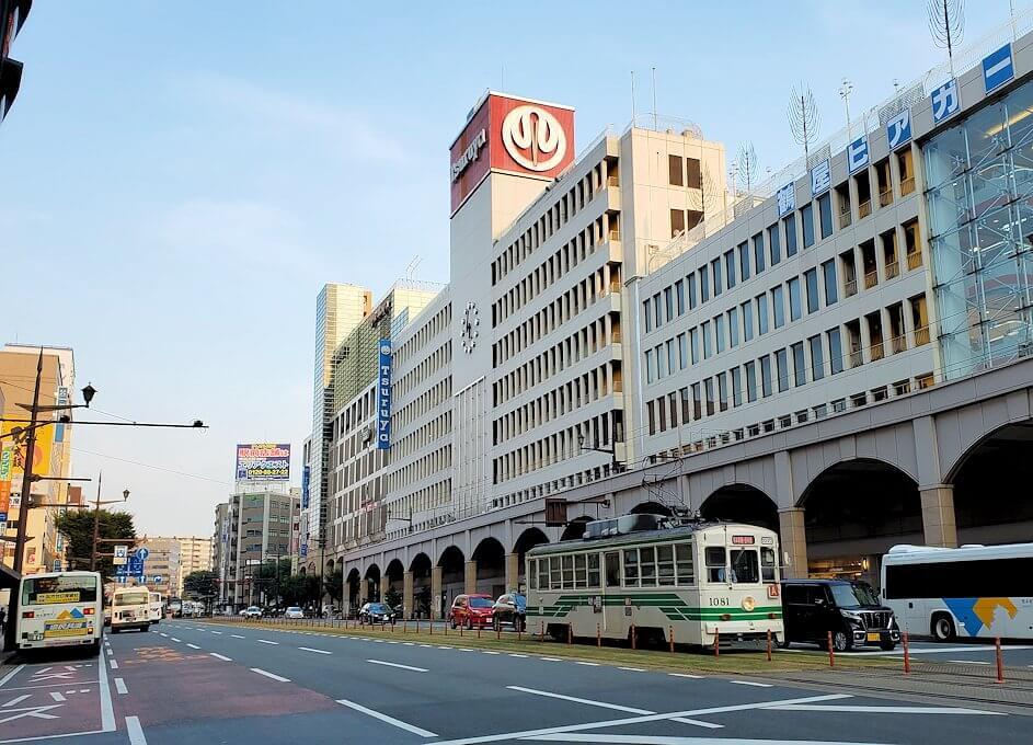 熊本市内の電車通りの景色