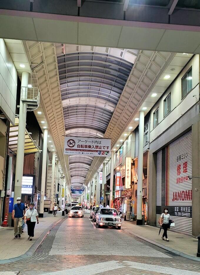 夜の熊本市内繁華街を歩く-2
