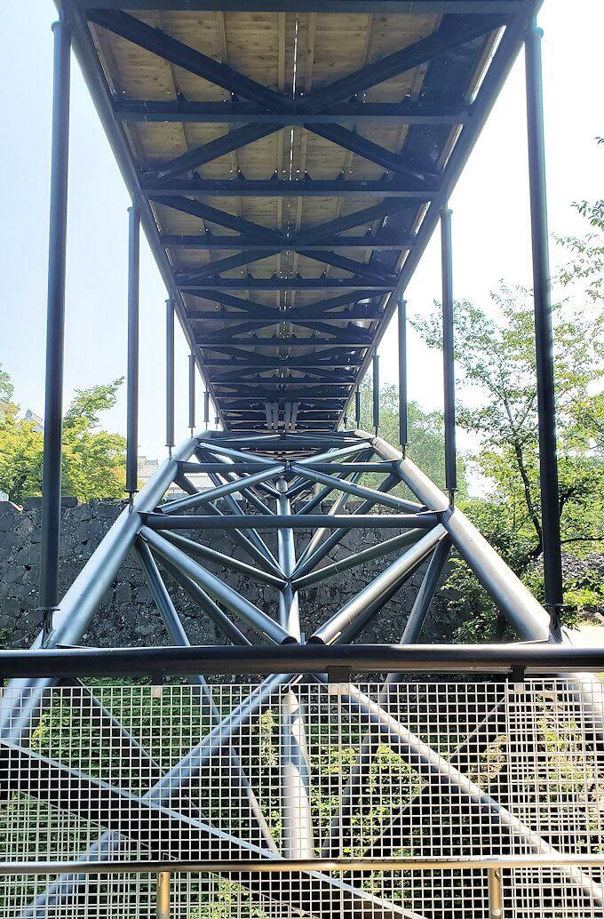 熊本城本丸近くの有料ゾーンの橋