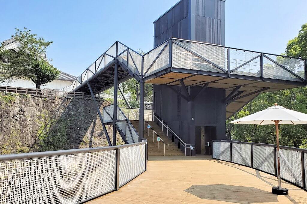 熊本城本丸の見学ルートを進む