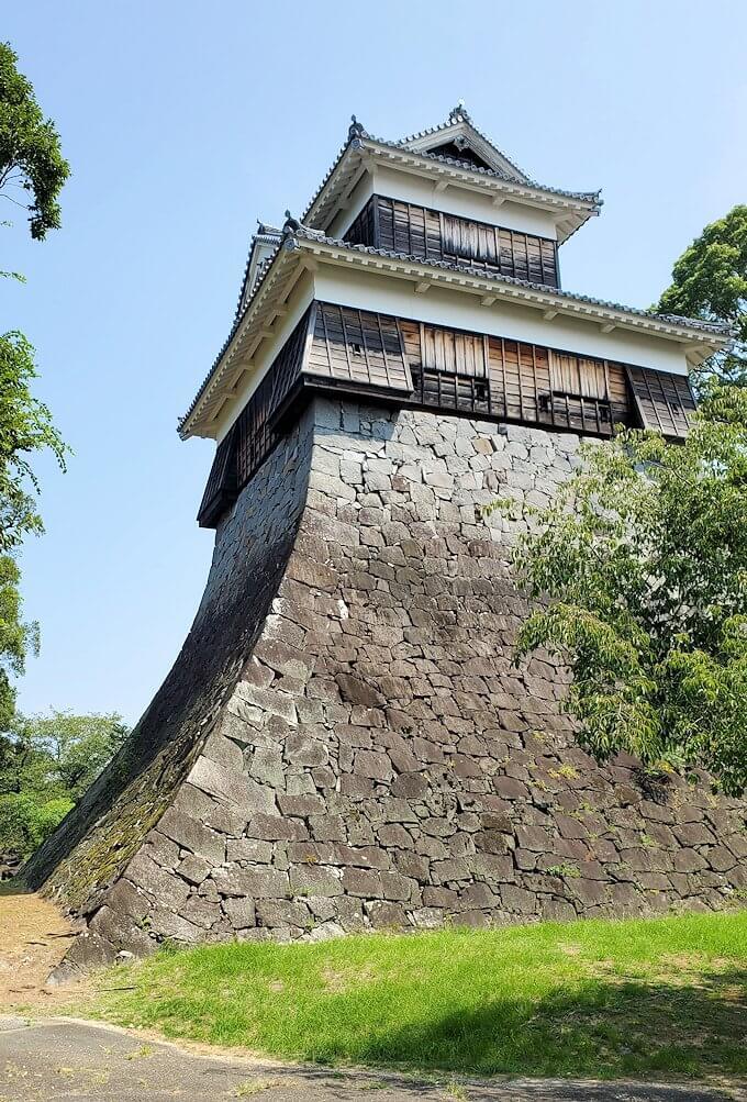 熊本城でも生き残った櫓と石垣