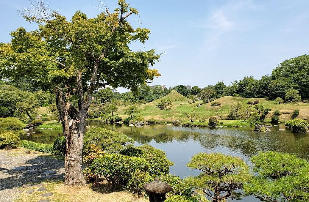 水前寺成趣園の池-1