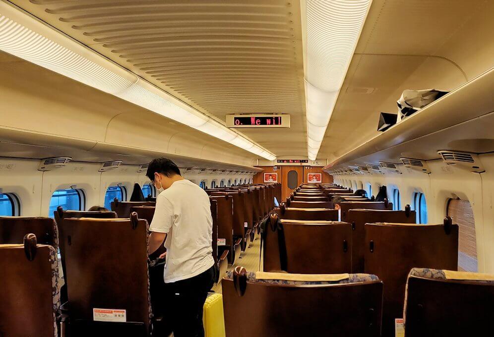 九州新幹線の車内