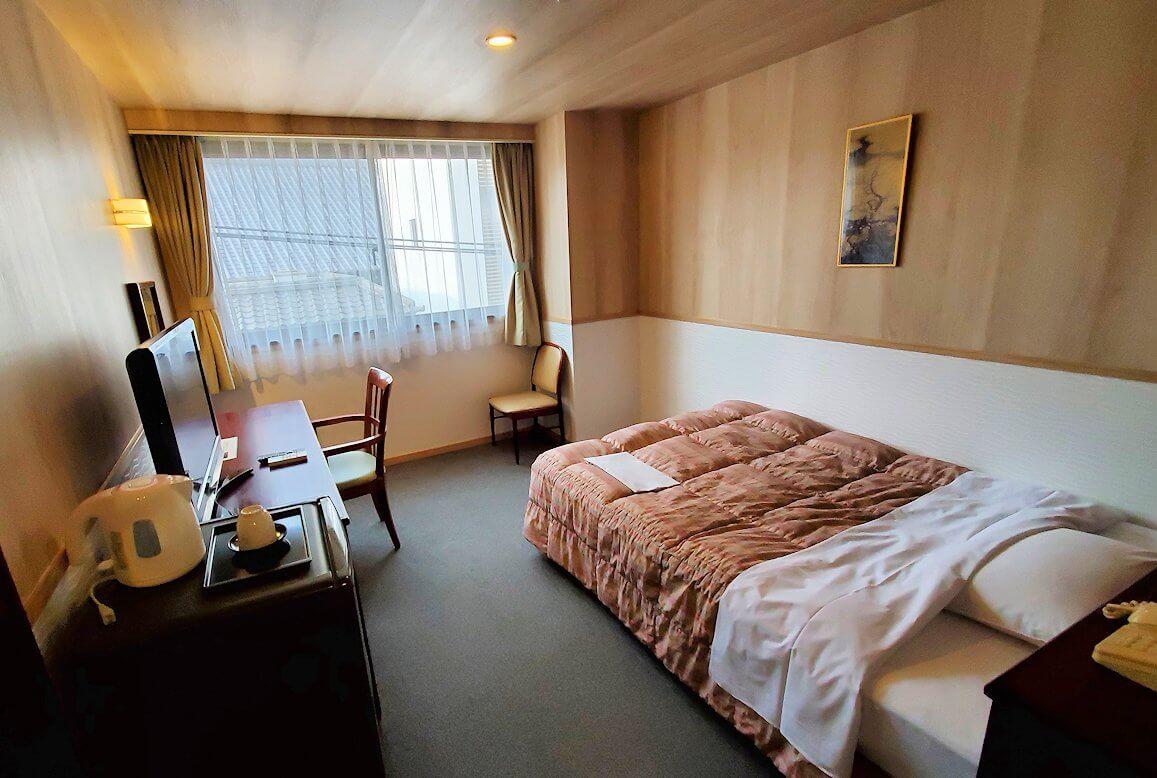 「ホテル&レジデンス南州館」のシングルルームの内装