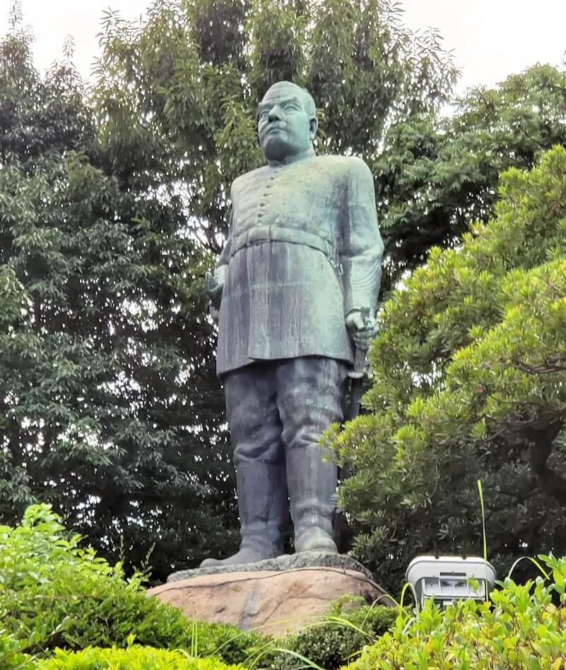 鹿児島市内の西郷隆盛像の写真