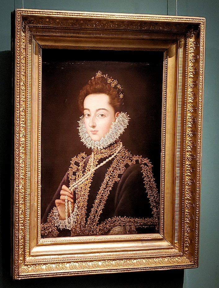 『カタリーナ・ミカエラ・デ・アウストリアの肖像』 (Portrait of the Infanta Catalina Michaela of Austria) by アロンソ・サンチェス・コエーリョ