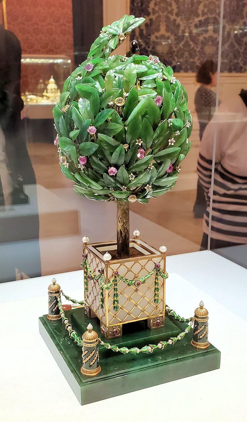 『月桂樹の卵』(Bay Tree)