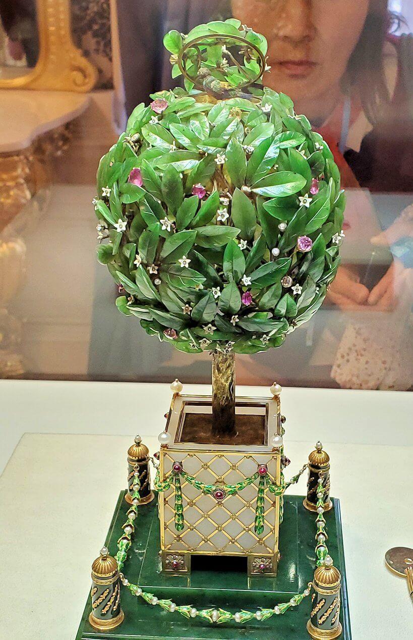 『月桂樹の卵』(Bay Tree)-1