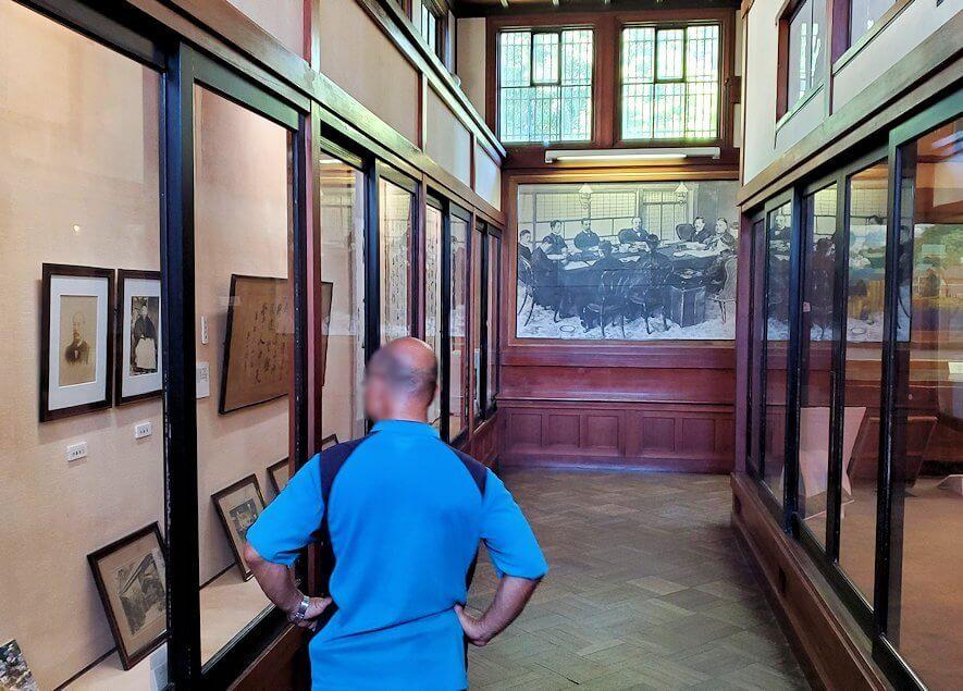 下関の春帆楼横にある日清講和条約記念館の中