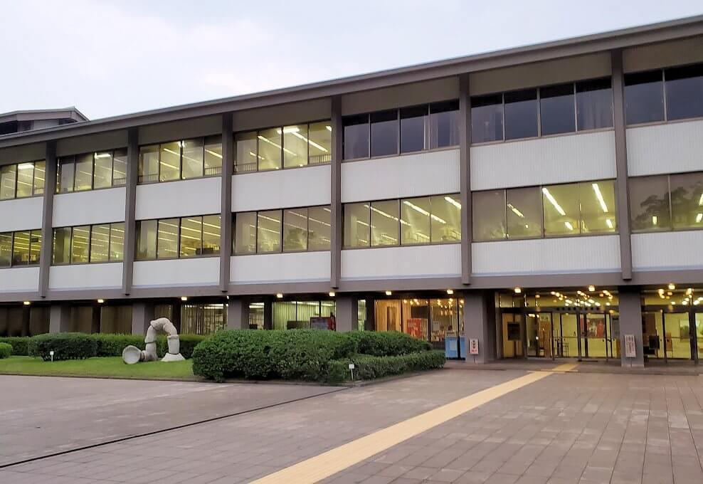鹿児島県立図書館の建物