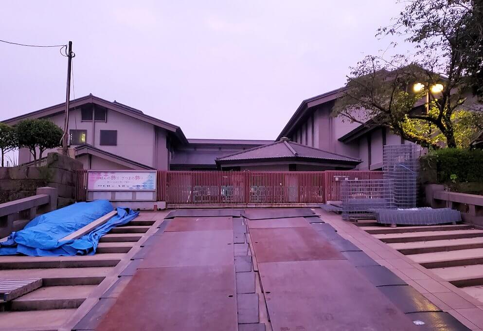 鶴丸城跡地東側