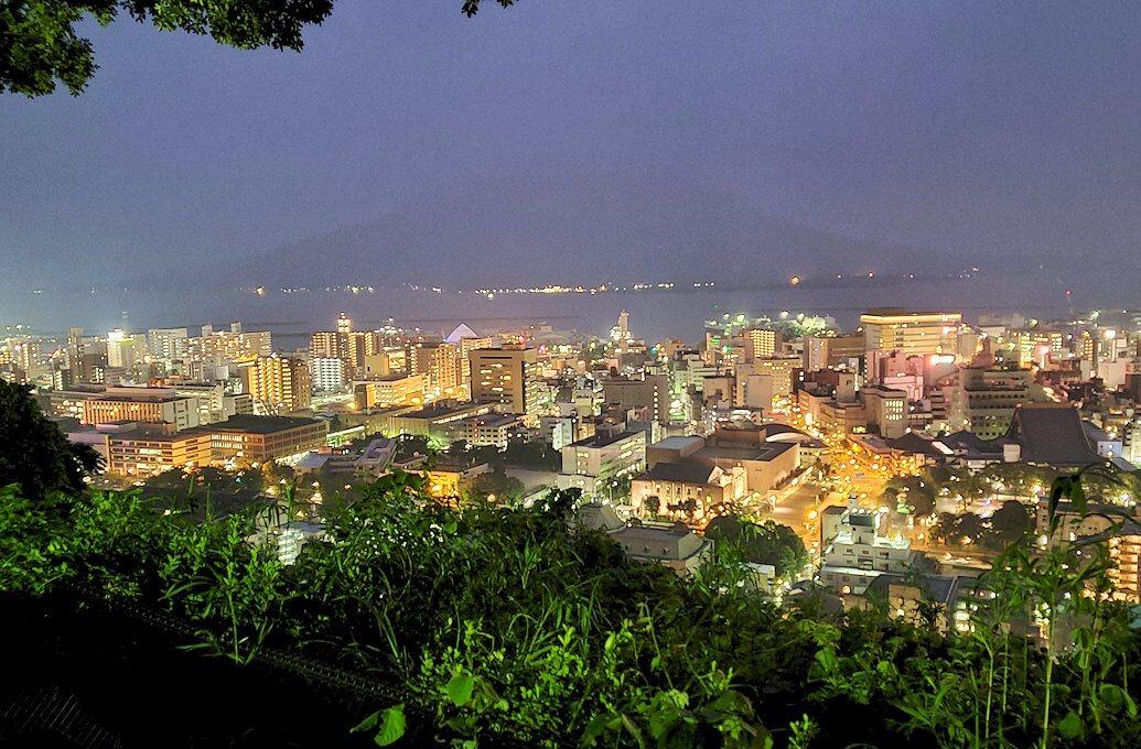 城山展望台から見える鹿児島市内の夜景-1