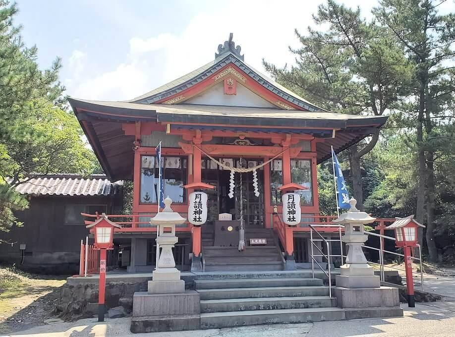 桜島の月讀神社の社殿