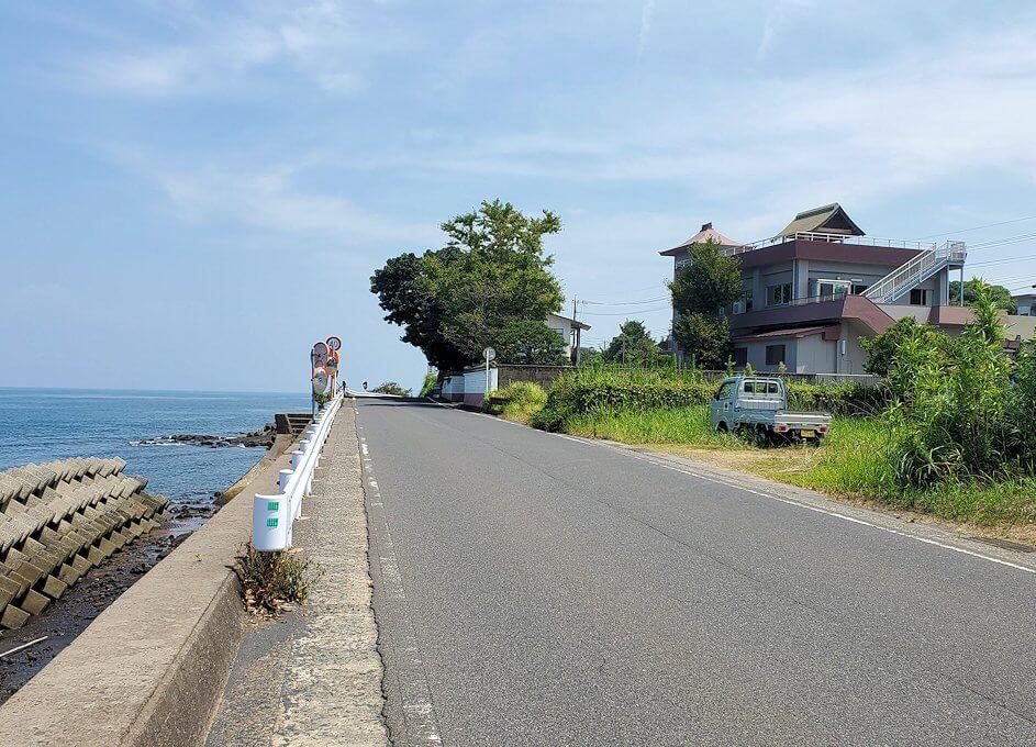桜島の道路をサイクリング-1