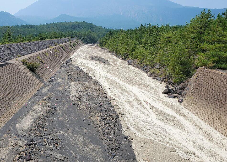 桜島26号線沿いにあった「昭和溶岩地帯」近くの土石流溝