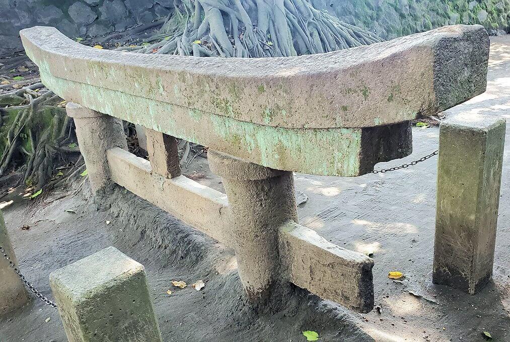 黒神埋没鳥居という埋もれてしまった鳥居-2