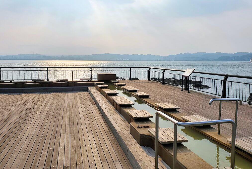 桜島溶岩なぎさ公園にある足湯場