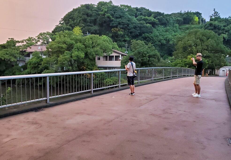 石橋記念公園を進む