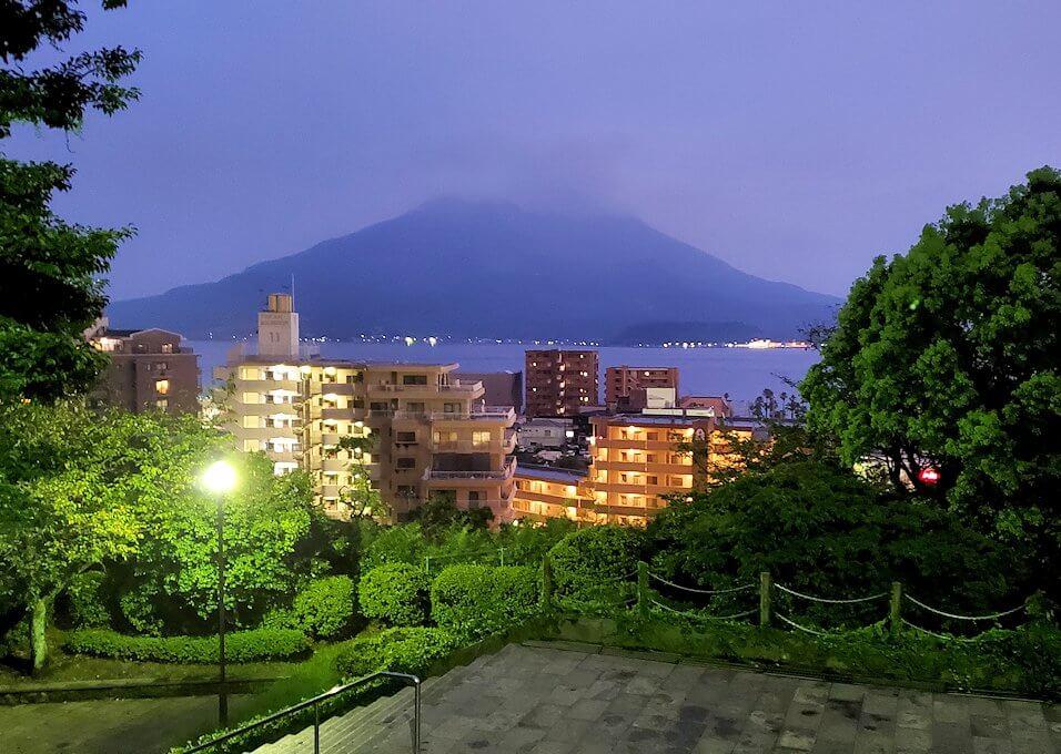 多賀山公園から見える桜島の夜景