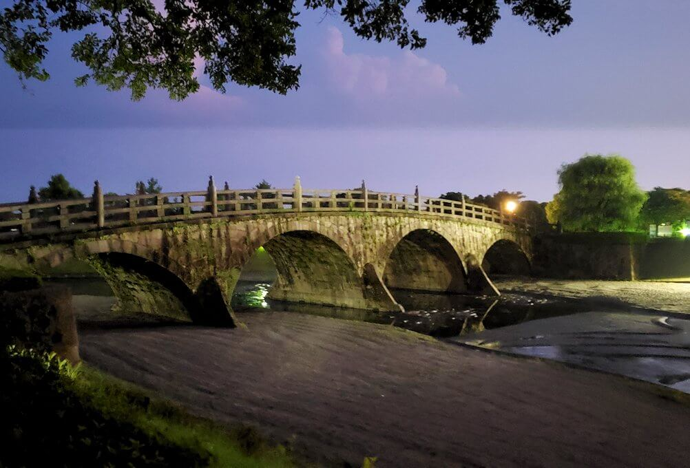 夜の西田橋の景観