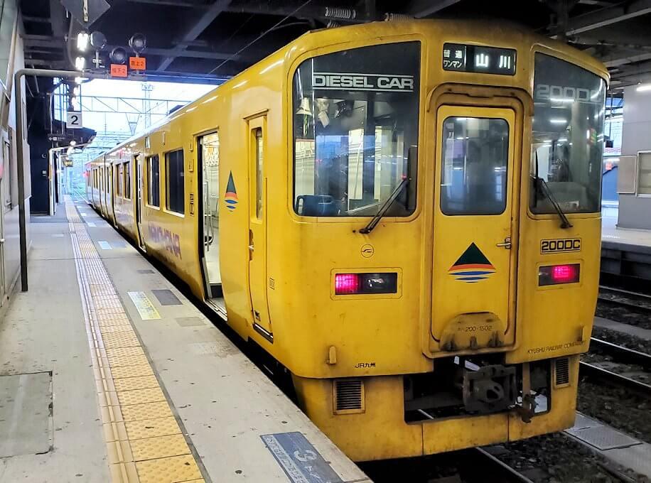 鹿児島中央駅からJR指宿枕崎線に乗り込む