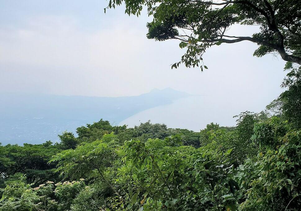 開聞岳登山道5合目からの景色