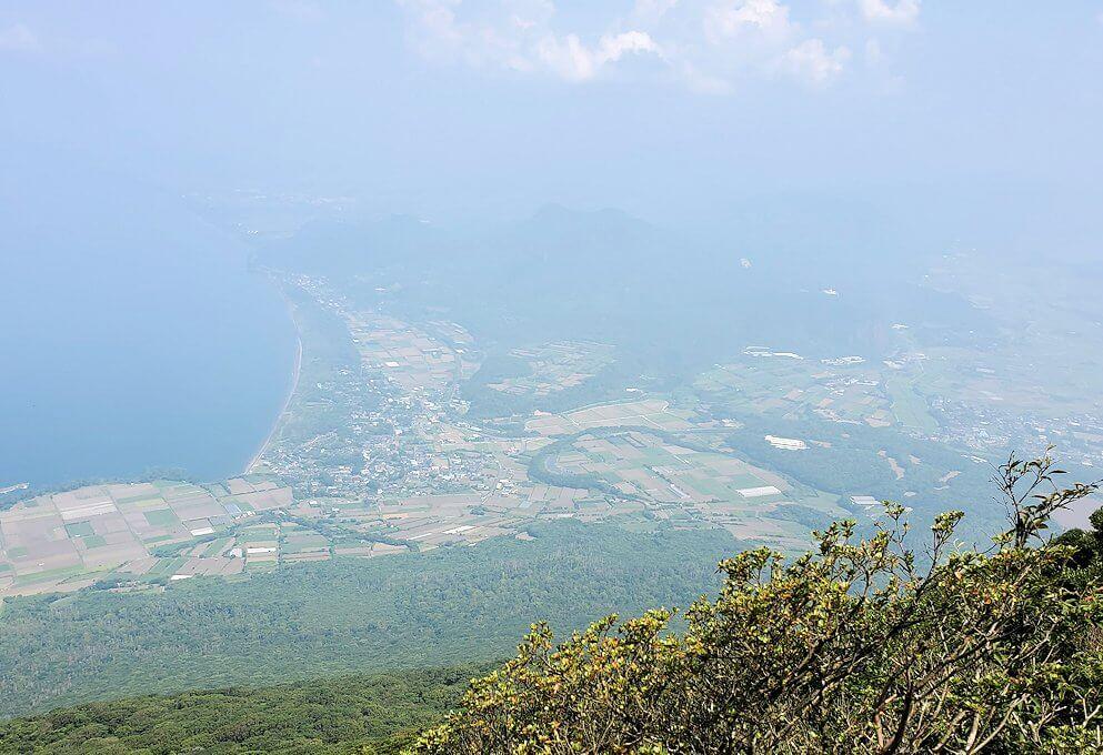 開聞岳9合目付近から見られる景観2