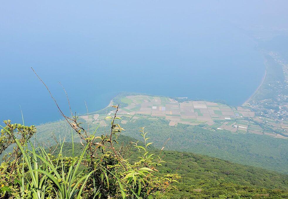開聞岳9合目付近から見られる景観3