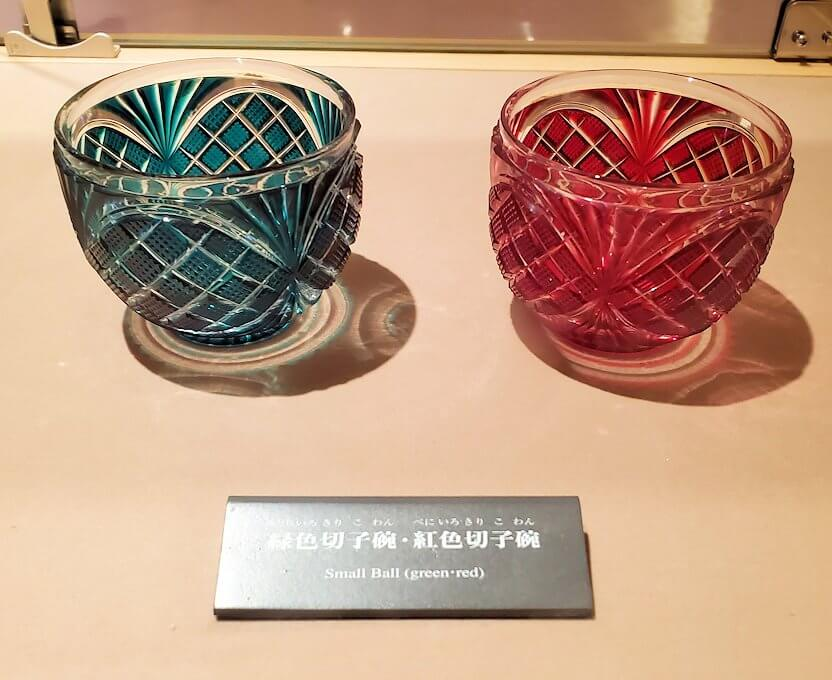 照国資料館にある、薩摩切子の作品3