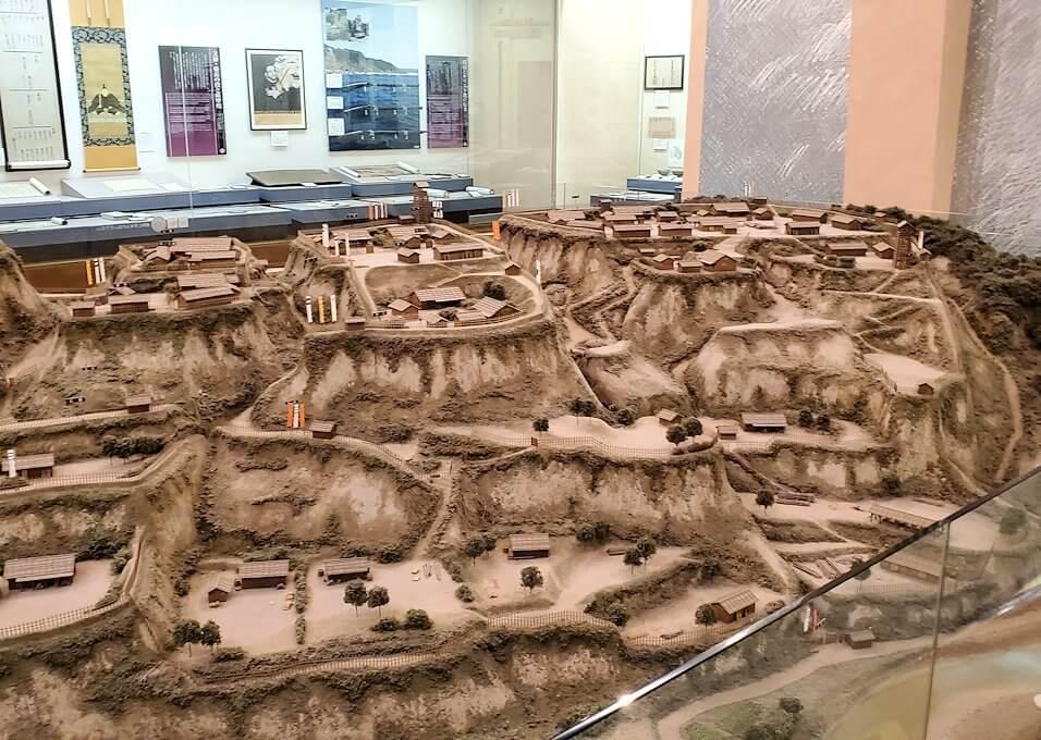 黎明館に置かれている志布志城跡の模型