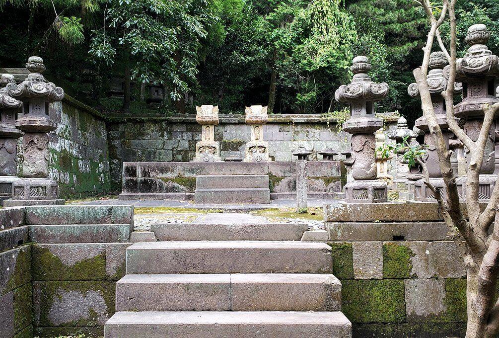 福昌寺跡で島津斉彬公のお墓を発見